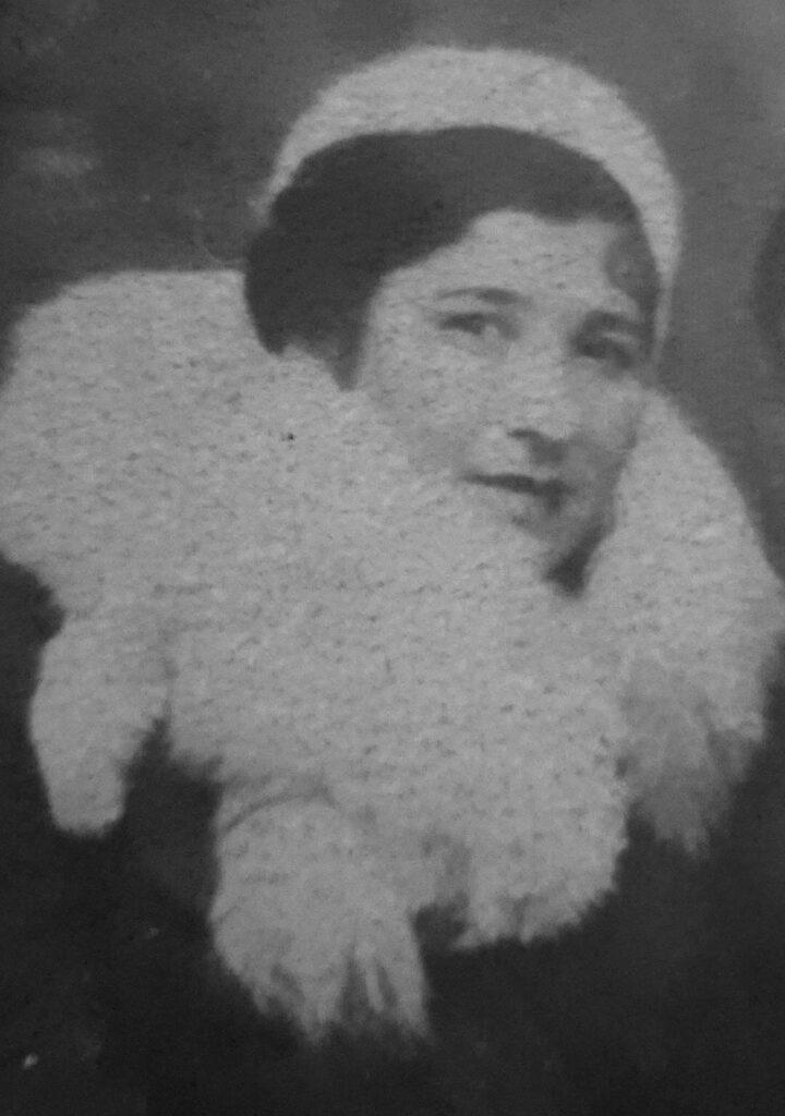 фото Юная бабушка Соня